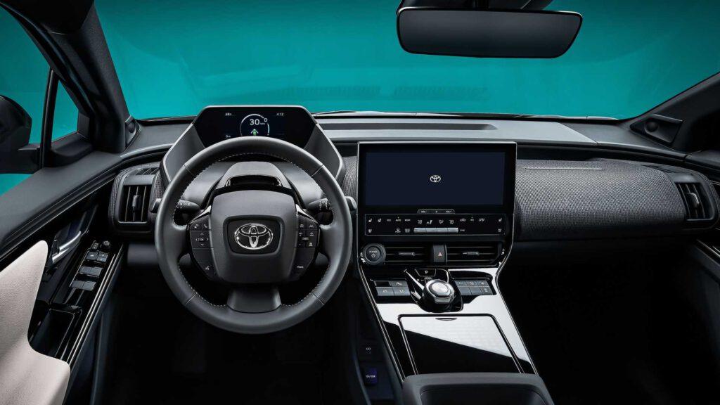 Toyota bZ4X Konsepti Direksiyon Simidi