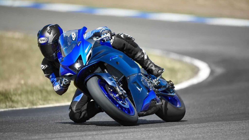 Yamaha R7 Viraj