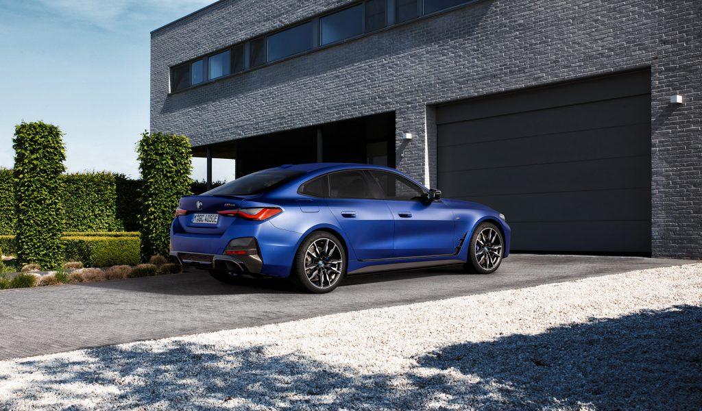 BMW i4 Arka Görünüm