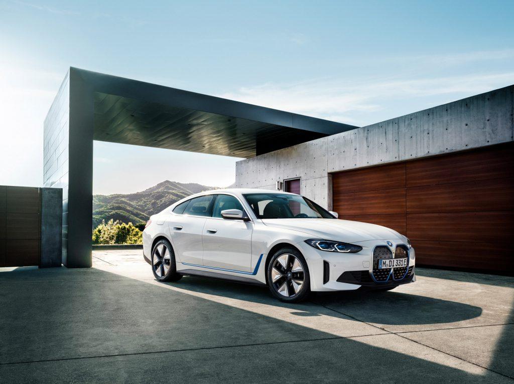 BMW i4 eDrive 40 Ön Görünüm