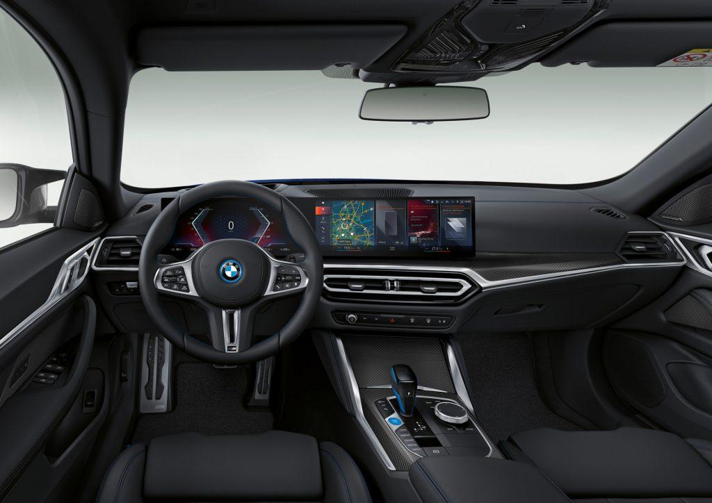 BMW i4 M50 İç Mekanı
